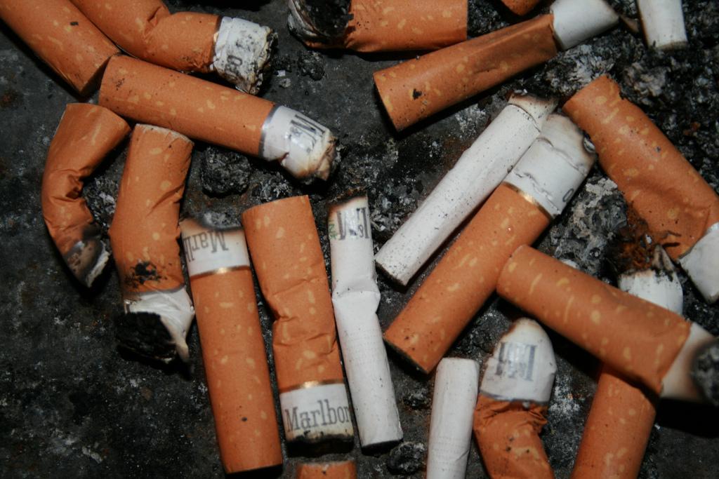 Cigarety - ilustrace