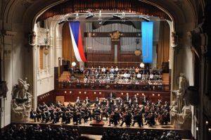 Vystoupení-Symfonického-orchestru-hl.-m.-Prahy-FOK-na-Pražském-jaru-patří-k-dramaturgickým-vrcholům-festivalu